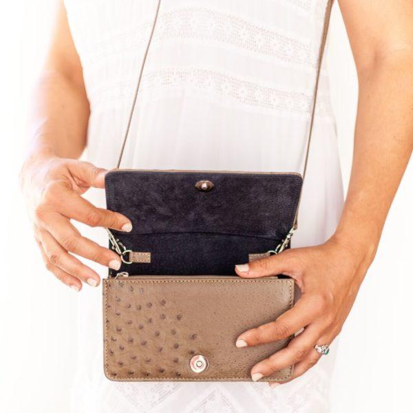 AO322.OS - Ostrich Leather Ellie handbag