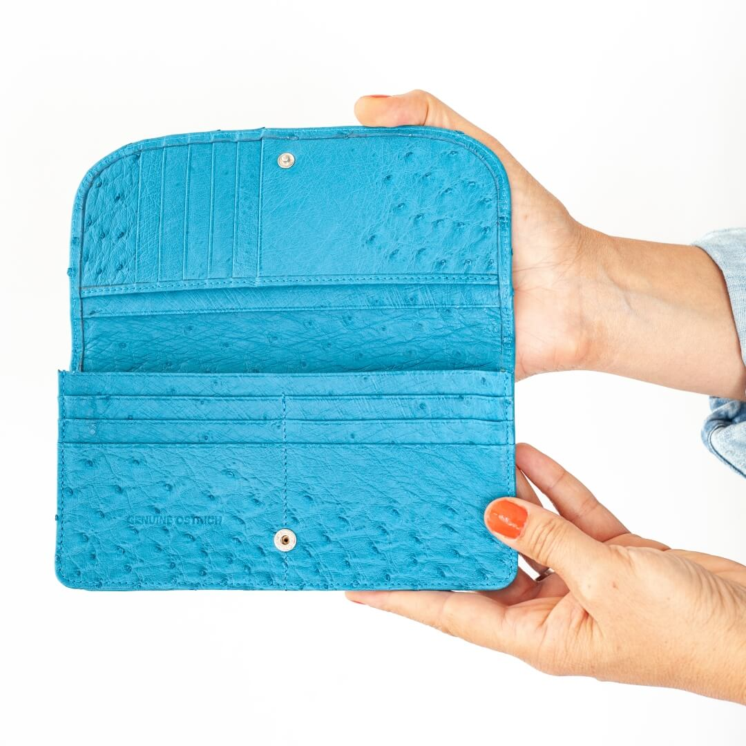 AO9.OS - Ostrich Leather ladies purse
